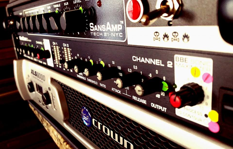 Current head setup: Tech-21 SansAmp RBI, BBE MaxCom, Crown XLS 2000