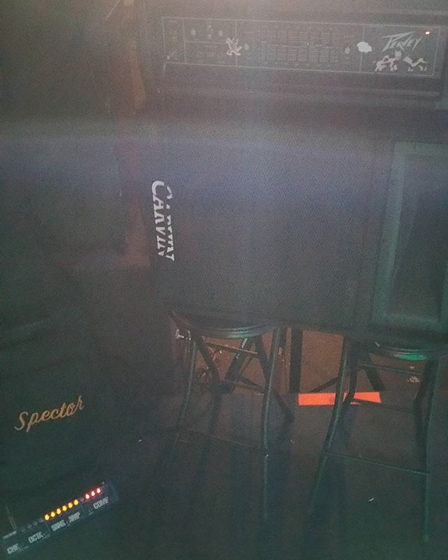 Another fun impromptu night... :) #bass #show #gig #bassamp #bassguitar #backline