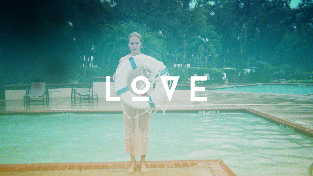 Love_frame_1.jpg