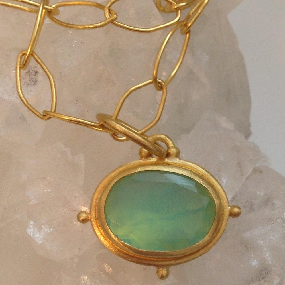 peruvian opal close up.JPG