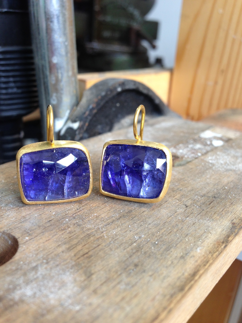tanzanite cocktail earrings.jpg
