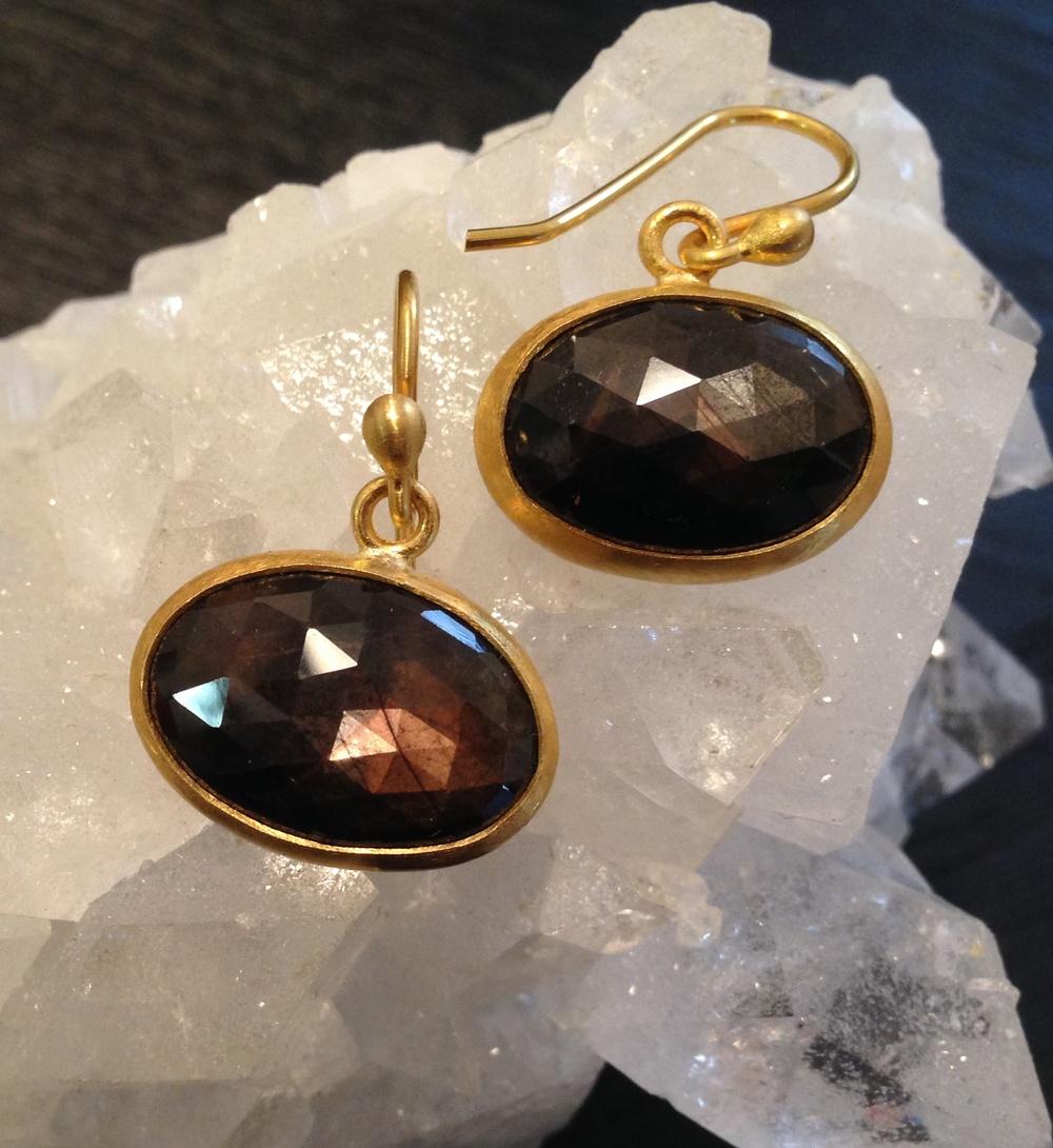 brown sapphires.jpg