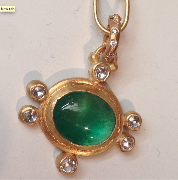 emerald pendant.png