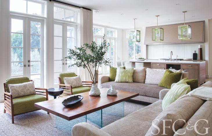 27876-Hillsborough-Home-Tour-Designer-Heather-Hilliard-Architect-Stephen-Sutro-Family-Room-3689f9d6.jpeg