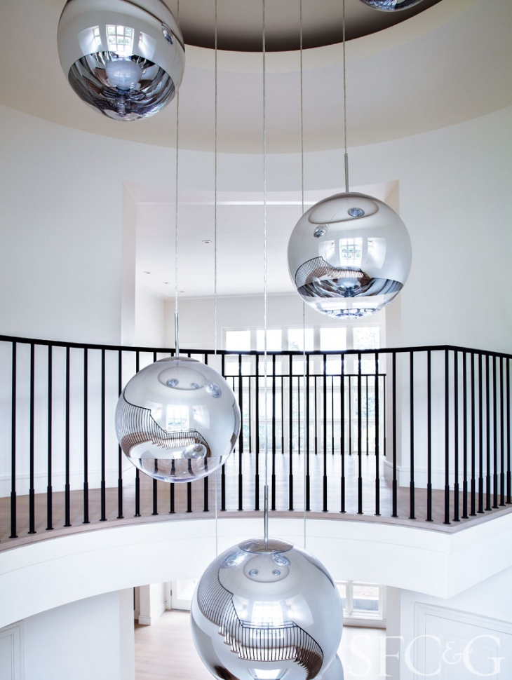 27877-Hillsborough-Home-Tour-Designer-Heather-Hilliard-Architect-Stephen-Sutro-Foyer-d6a3266b.jpeg