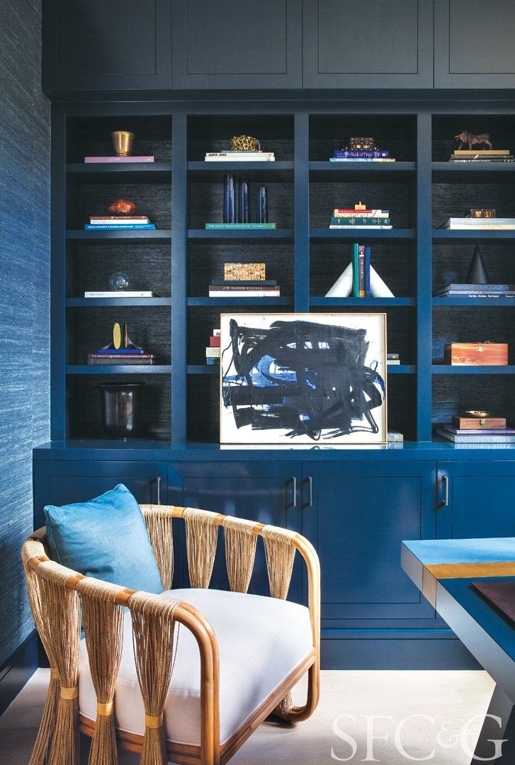 27882-Hillsborough-Home-Tour-Designer-Heather-Hilliard-Architect-Stephen-Sutro-Office-Shelves-286ddf57.jpeg