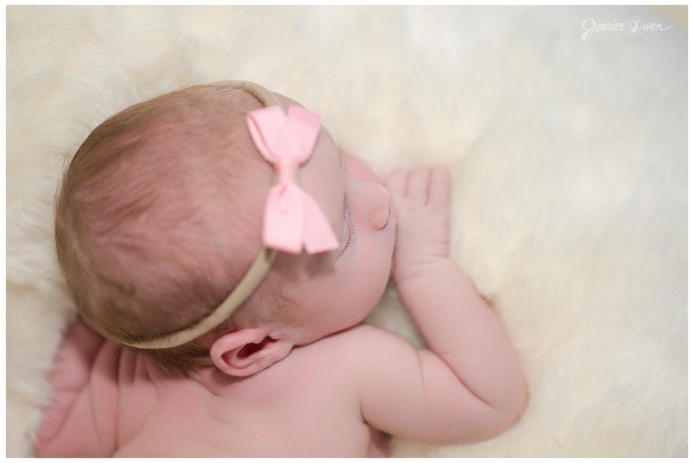janiceowenphotography_newborn6.jpg