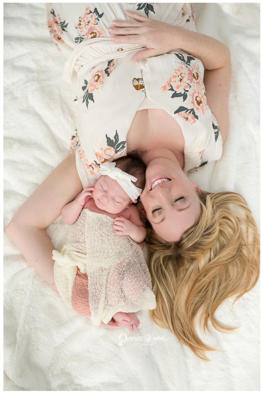 janiceowenphotography_newborn4.jpg