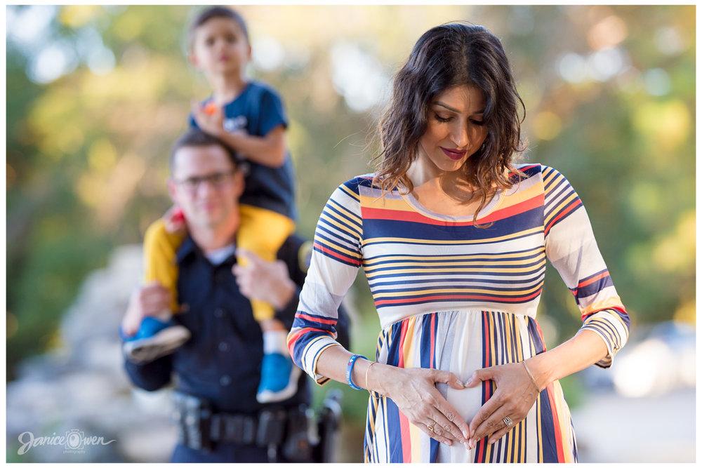 janiceowenphotography_pregnancyannouncement5.jpg