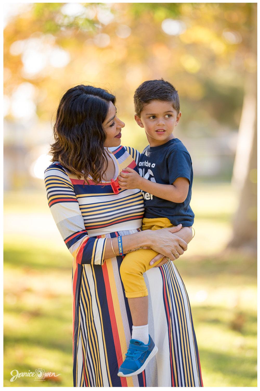 janiceowenphotography_pregnancyannouncement6.jpg