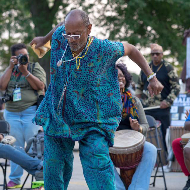 uche omoniyi and the African Dance and Music Institute -