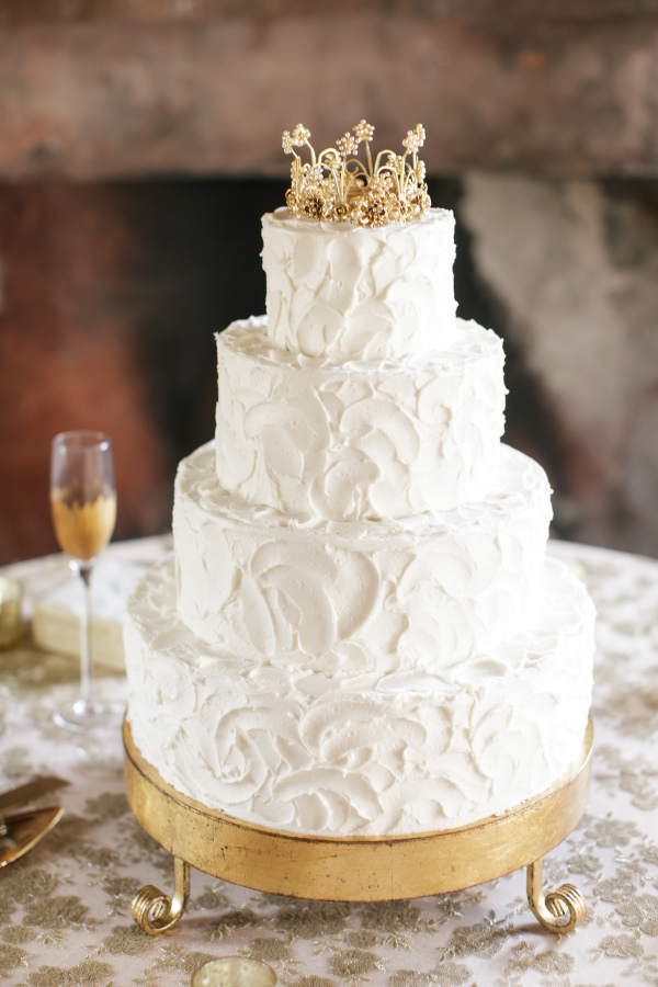 03 Classic White Cake With Gold Crown Topper By La Louisiane Bakery