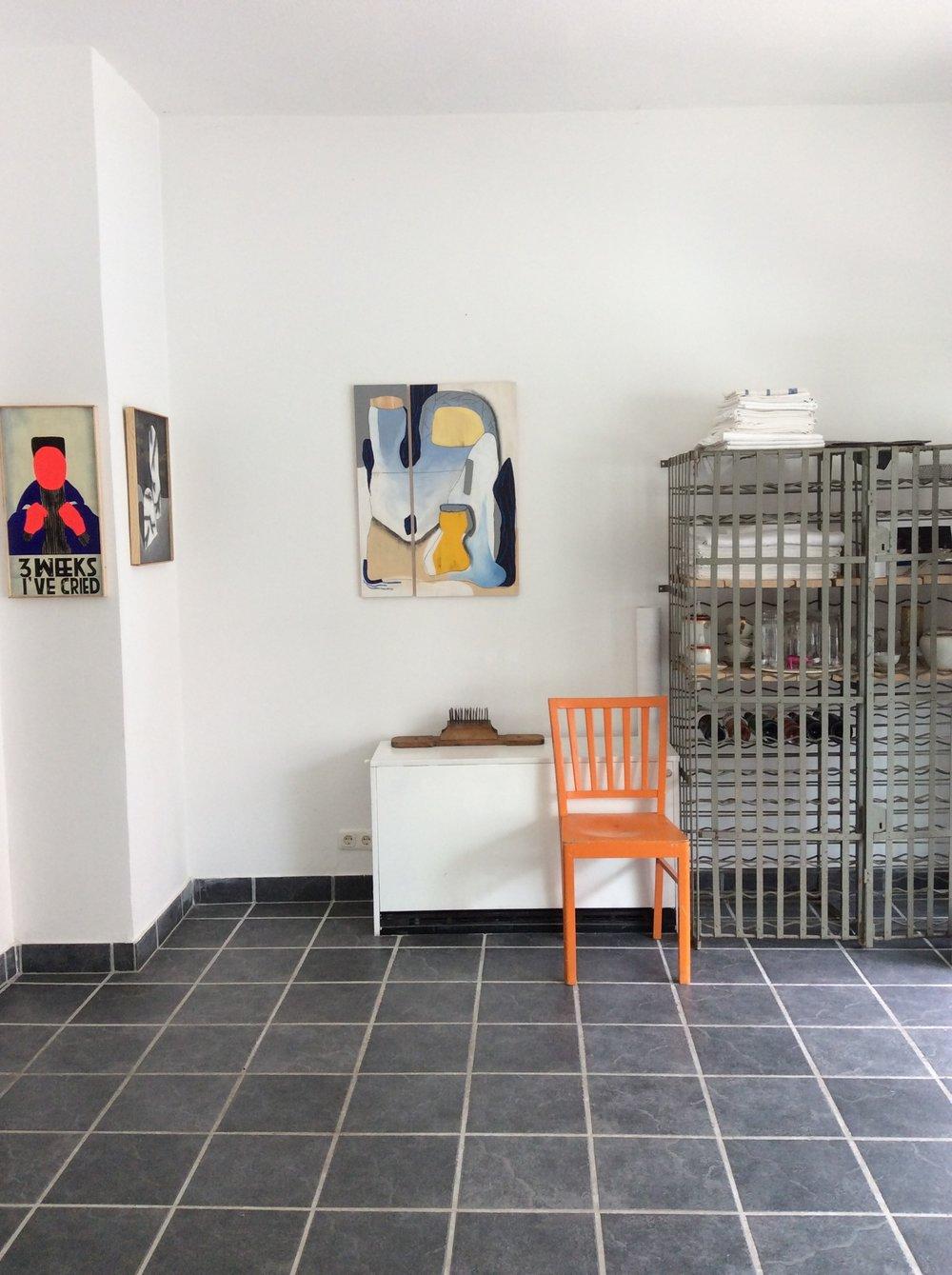 Ausstellung - Allein unter Wölfen- von Napoll