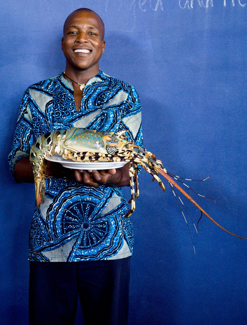 Waiter, Mozambique