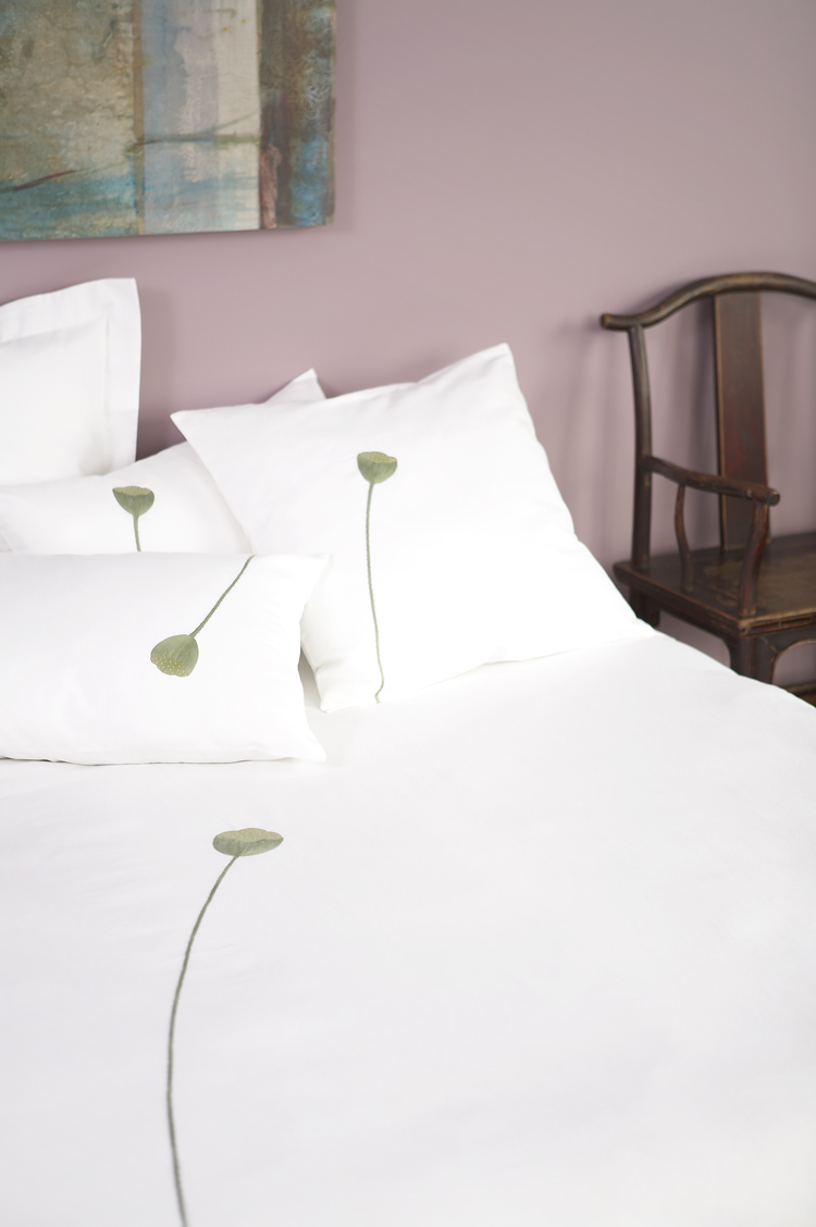 Beding-Lotus_T.jpg