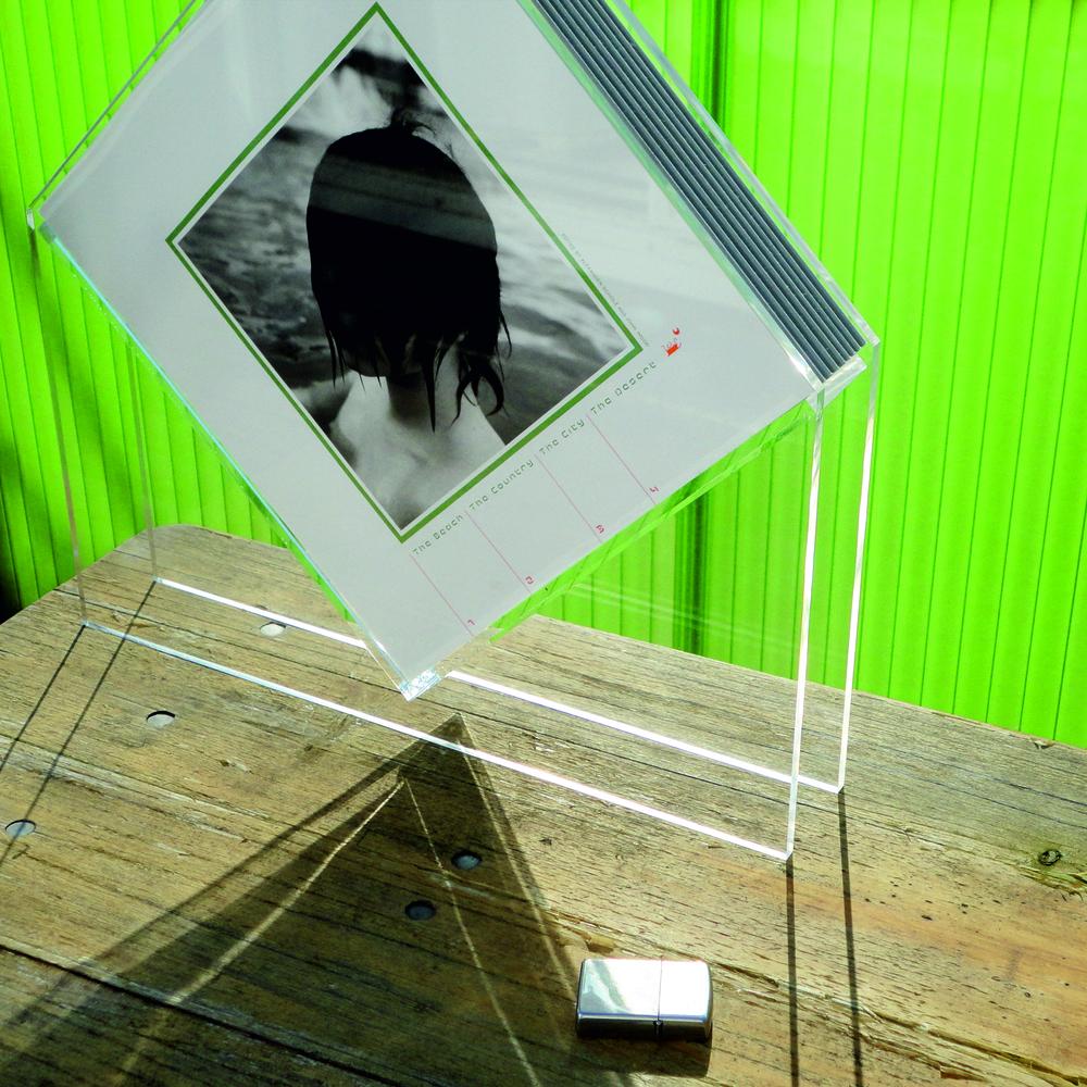 Acrylglasskulptur/Buchobjekt