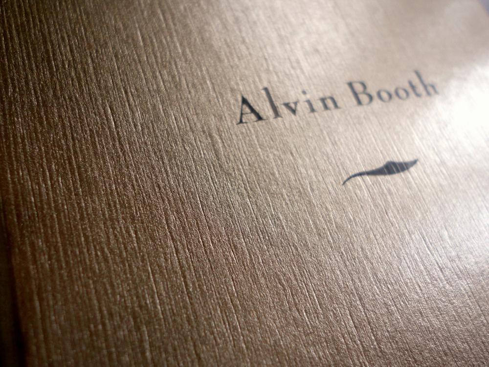 Siebdruckdetail auf dem Schuber