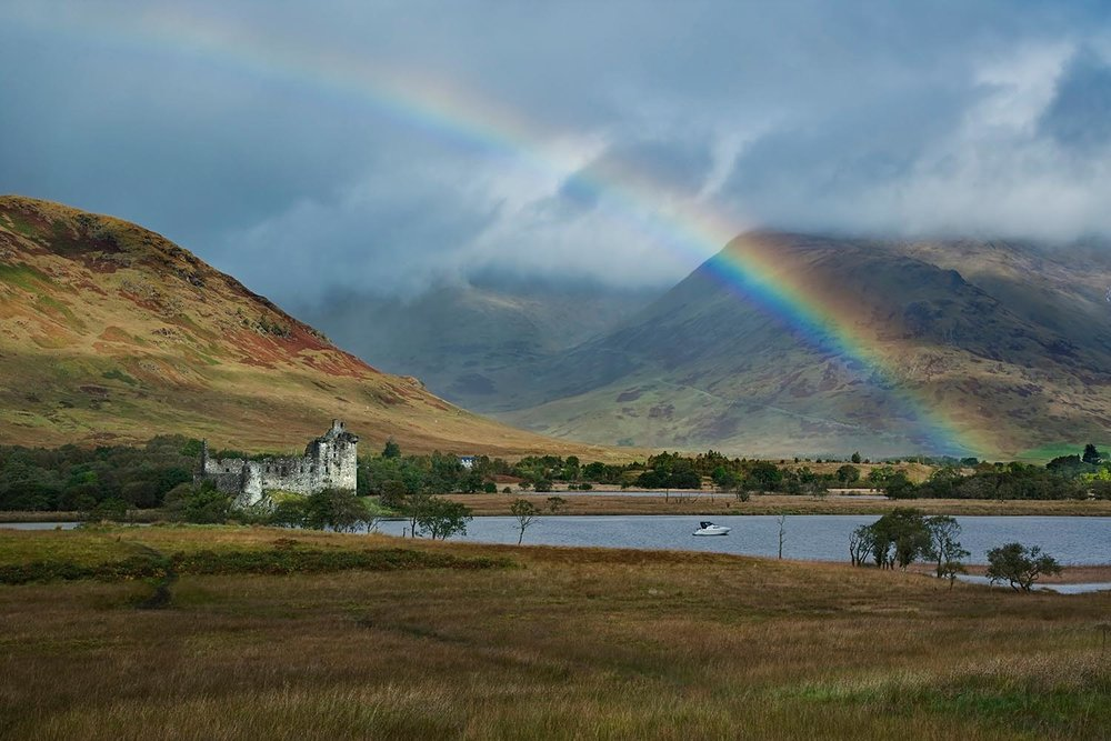 Kilchurn Castle   with rainbow