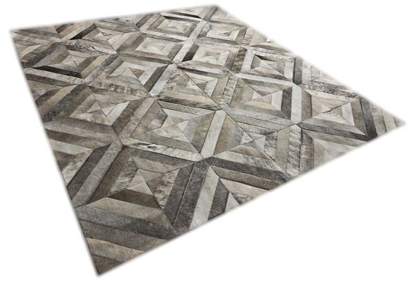 Yerra Rombos hair-on-hide area rug
