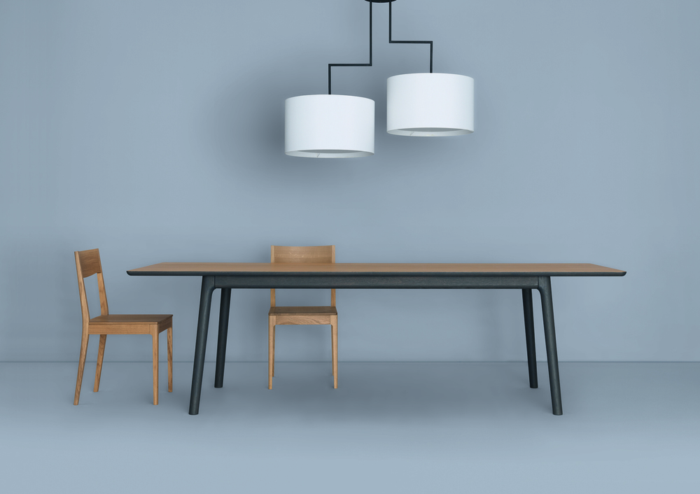 Zeitraum Noon Chandelier with E8 Dining table