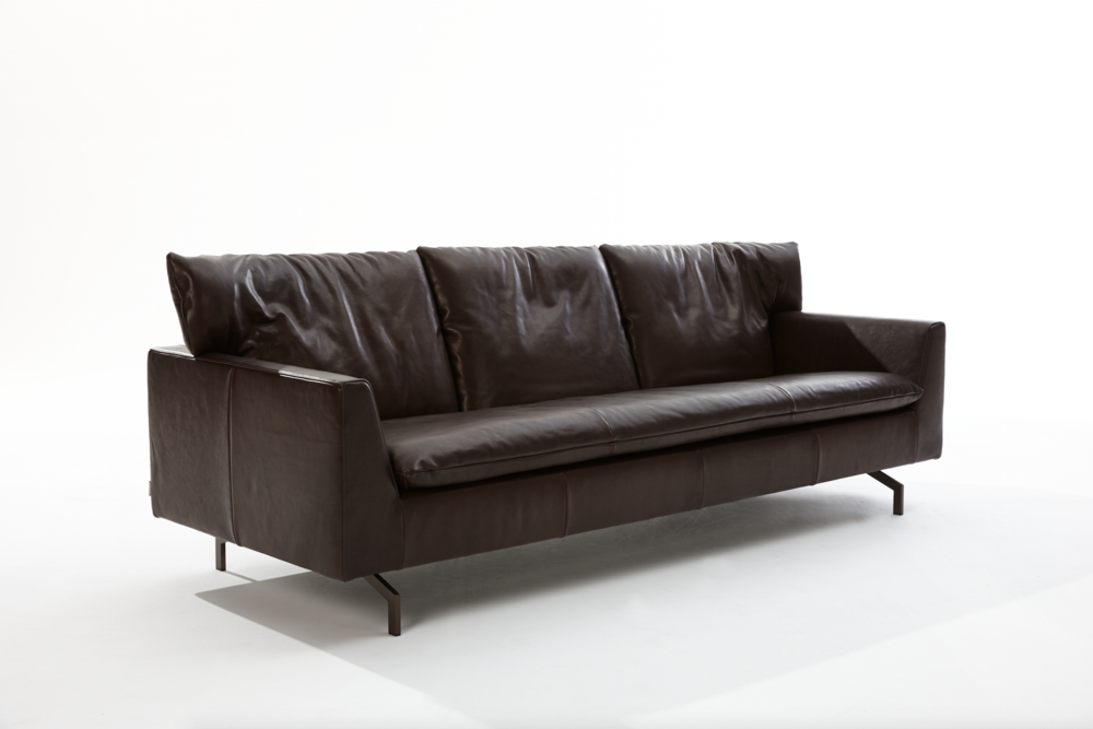 Label Cameo Leather sofa
