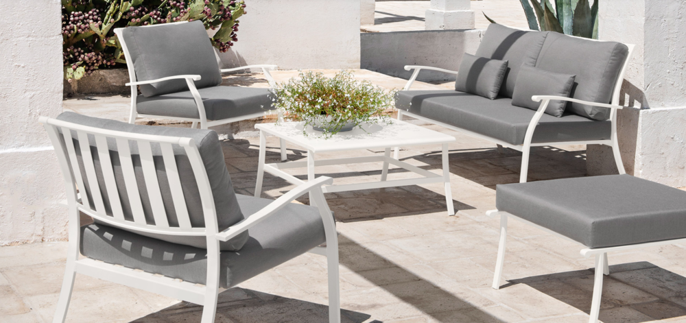 Elisir outdoor Lounge furniture from Ethimo