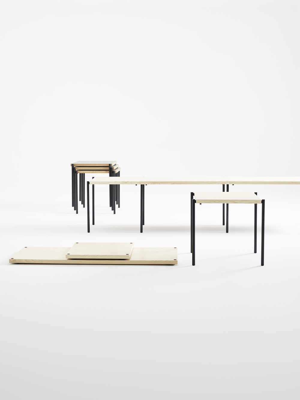 Kanecct table from Karl Andersson and Soner