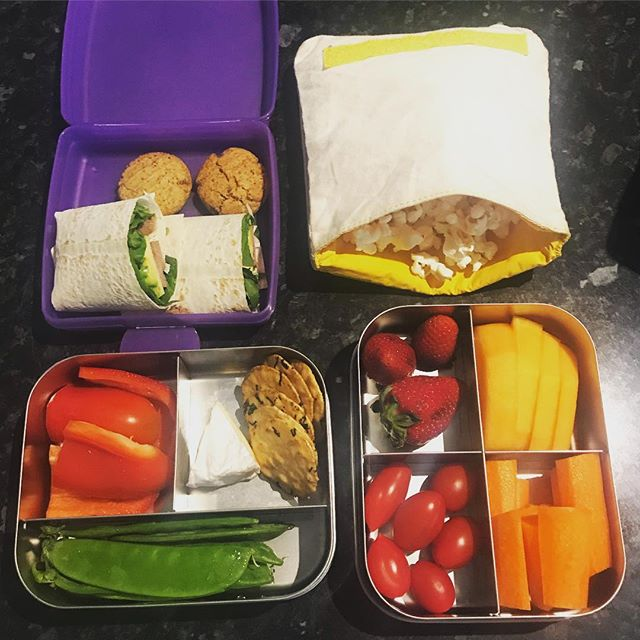 Trying to get into a term 2 Lunchbox swing. The little man is definitely on the fang after the school holidays. Loads of fresh fruit and veg, mountain bread wraps, popcorn, Brie, seaweed crackers and quirky cooking ginger biscuits. #lunchbots #wholehomeau #wholefoods #lunchbox