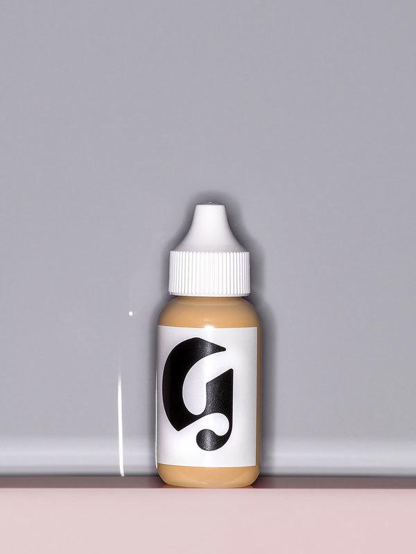 Glossier-Perfecting-Skin-Tint-009.jpg