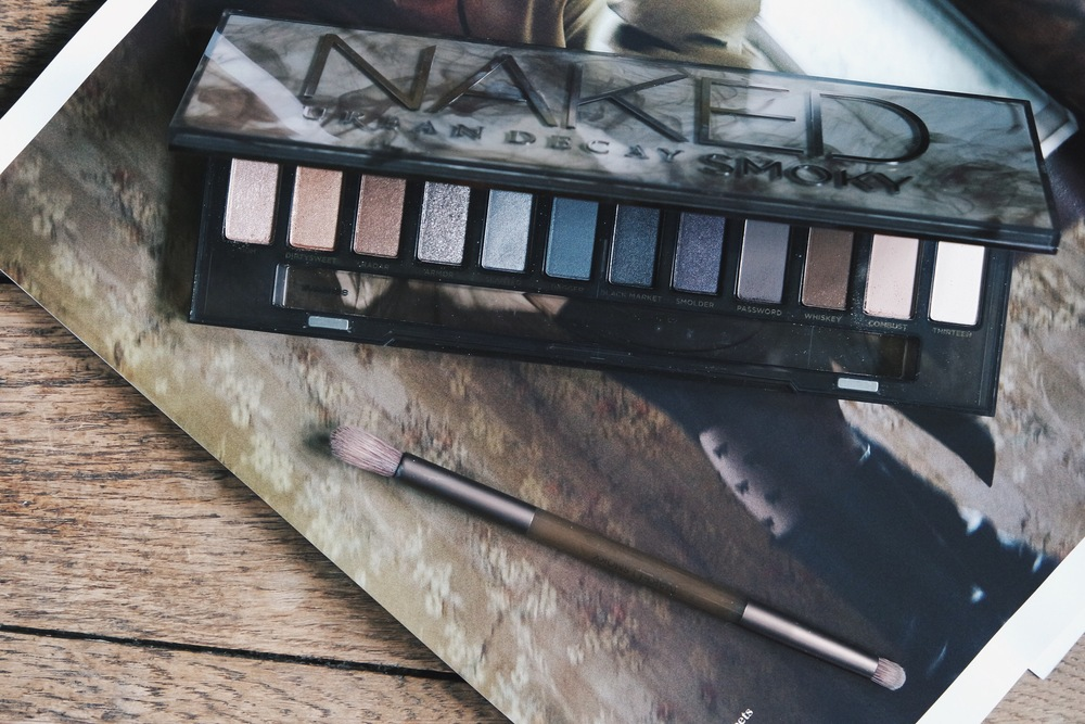 THATGRACEGIRL | THE ULTIMATE SMOKY EYE PALETTE : URBAN DECAY NAKED SMOKY