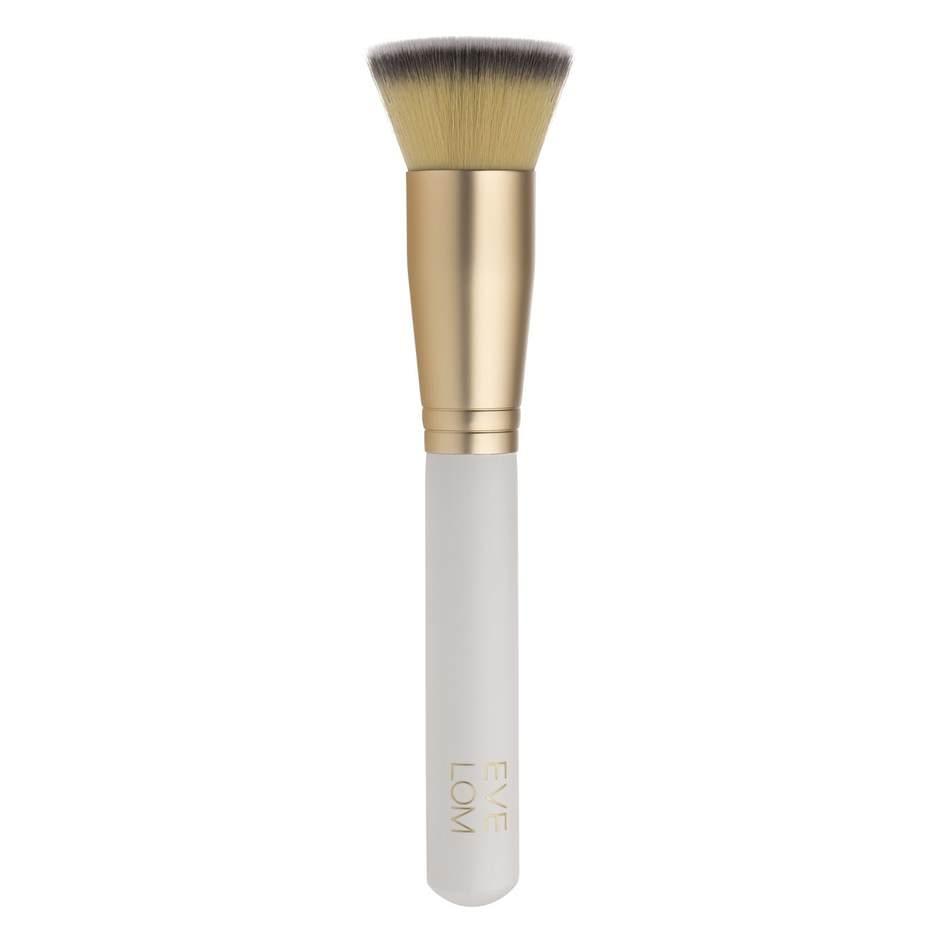i-019397-powder-foundation-brush-1-940.jpg