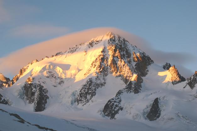 L'Aiguille Du Chardonnet at dawn
