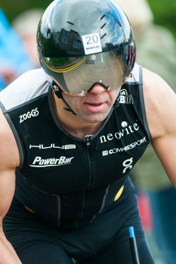 Scott Neyedli In deep focus on the bike