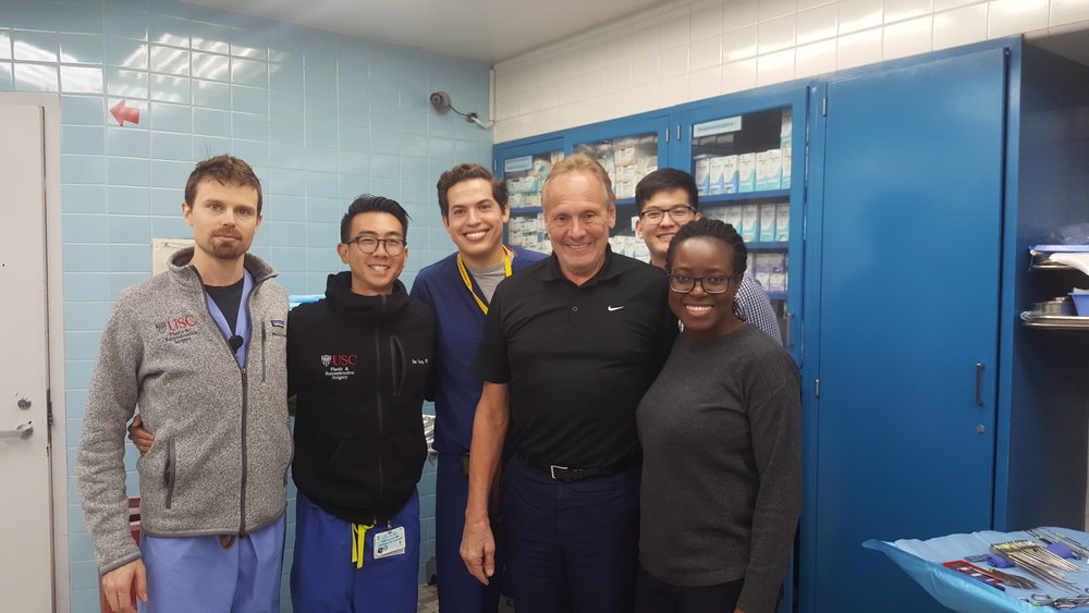 Günter Germann, MD, PhD with the USC PLastic Surgery Residents in the Fresh Tissue Dissection Lab