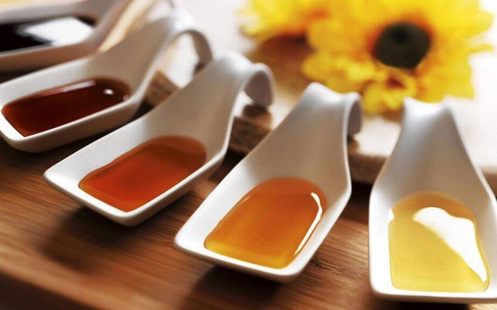 Natural-Honey-Flavor-Tasting
