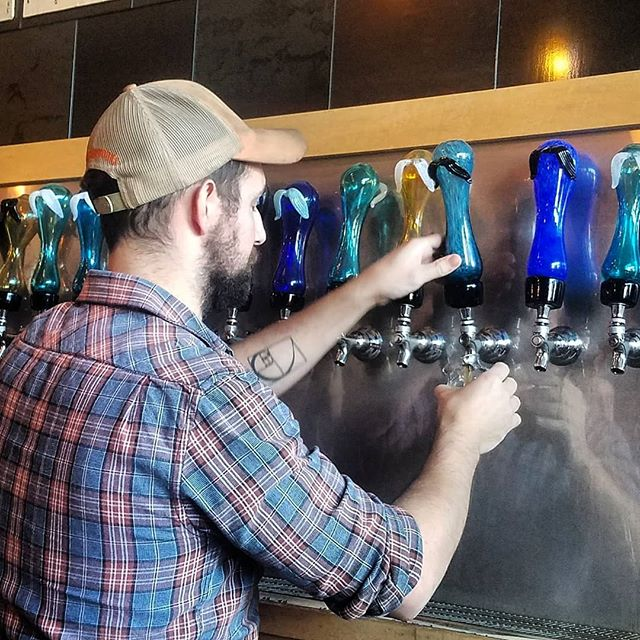 I'm working on the @knoxbrewtours podcast (about time). This was taken at one of our stops, Pretentious Beer Co. All these tap handles were make next door at the Pretentious Glass Shop. NEAT  #brewer #brewery #washingtonbeertalk #craftbeer #craftnotcrap #nocrapontap #beerlover #beerme #hophead #drinklocal #drinkcraftbeer #lovecraftbeer #beersnob #craftbeergeek #instabeer #beersofintsagram #beerporn #beertography #craftbeerporn  #custom #taphandle #knoxville #brewbus #pretentious #glassware #handblownglass