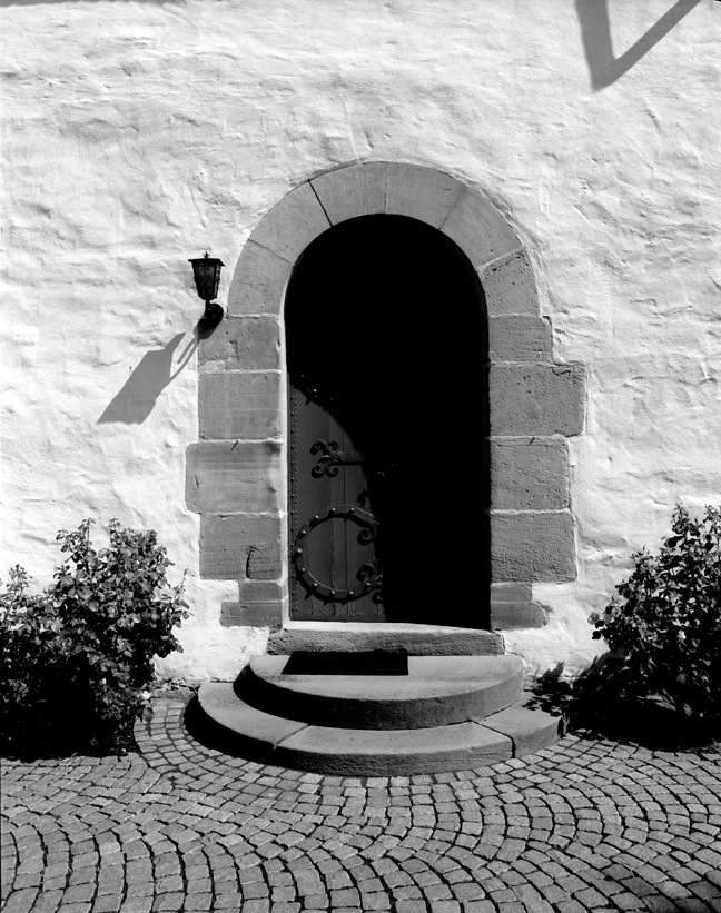09-11 Church Door, Lohra88.jpg