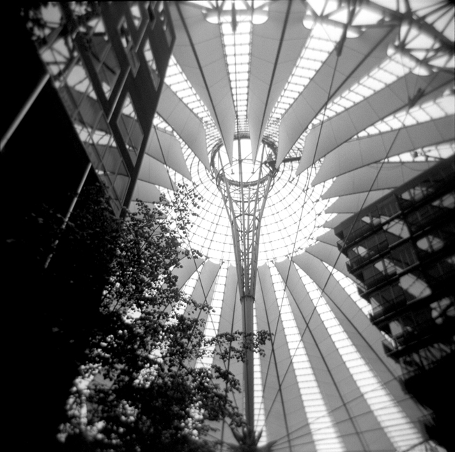 H2-7 Sony Center, Berlin88.jpg