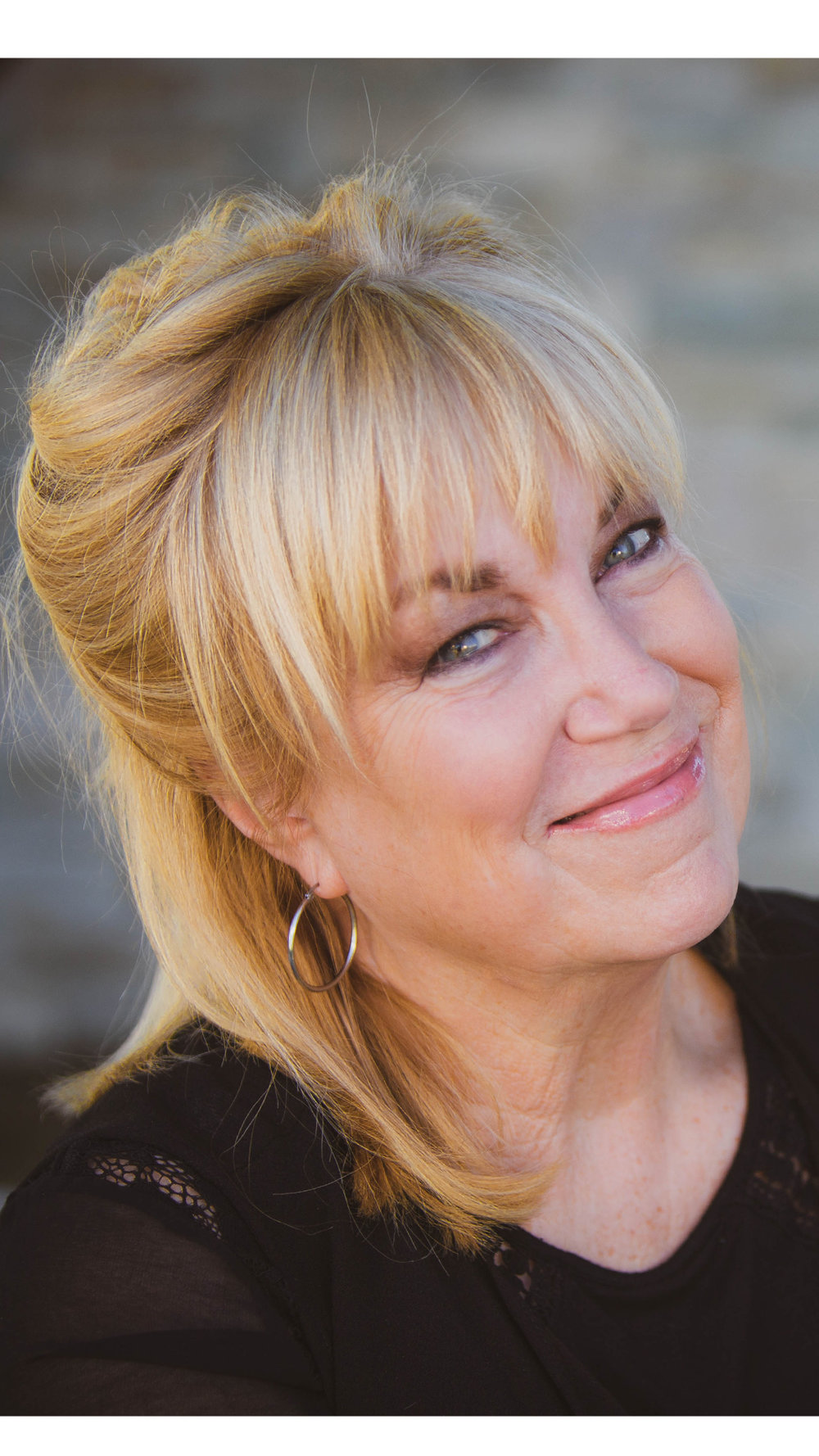 Robin Milhouse JOURNEY Women's Director