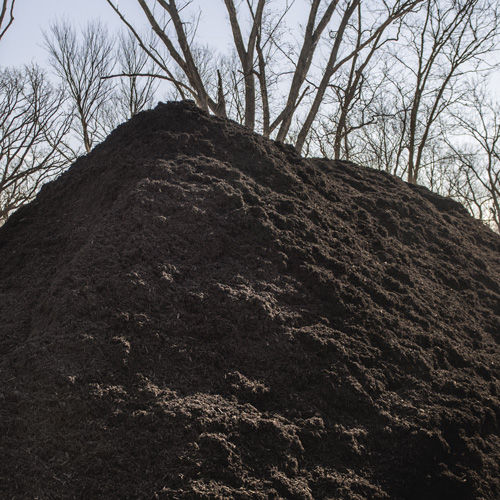 Nebraska Blend Chocolate Mulch - $36 per cubic yardOur Nebraska blend is made from Nebraska wood ground right here in Nebraska.100% Organic made from locally sourced Nebraska wood. Chocolate brown color added.