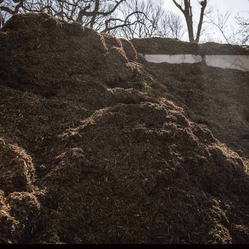 Nebraska Blend Natural Mulch - $24 per cubic yardOur Nebraska blend is made from Nebraska wood ground right here in Nebraska.100% Organic made from locally sourced Nebraska wood. No color added.