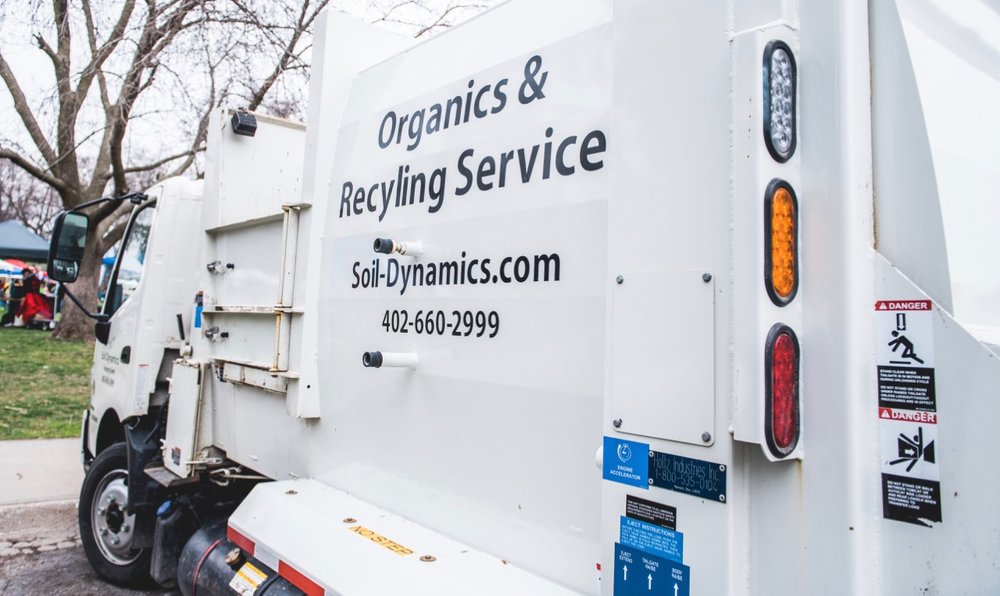 B2B Recycling & Composting Pickup - Helping businesses go Zero Waste with our sister company, Hillside Solutions.