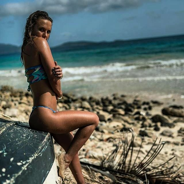 ЅℋℐPᏇℛℰℂᏦℰⅅ ~ TridentSwimwear.com @cassimanner  @brandonverdura