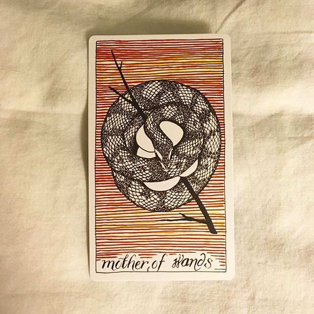 "#theoctobertarot, Day 13, What can I expect of today?  This was supposed to be for today, but since I'm doing this at night, I'm going to fudge it and apply this card for the next 24 hours, i.e. mostly tomorrow. I make the rules here. —— How do I make the most of today? / Mother of Wands / attractive, domestic, vibrant, grace that hides forceful determination, ""dominant feminine energy"""