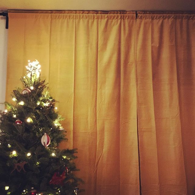 If mustard-yellow velvet drapes are wrong, I honestly do not want to be right. #hyggelife #tw