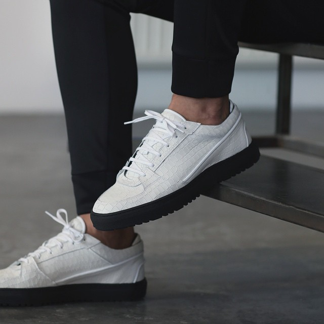 ETQ. Amsterdam Low 3 White Croco Embossed