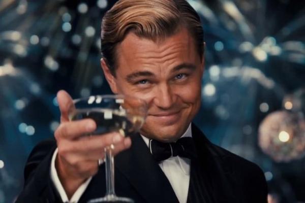 Leonardo-Dicaprio-Cheers.jpg