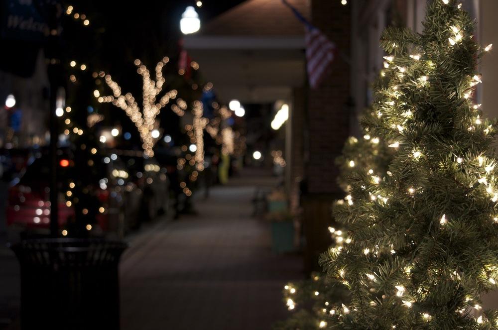 Christmas Eve on 2nd Street