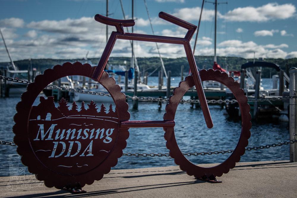 Munising Logo