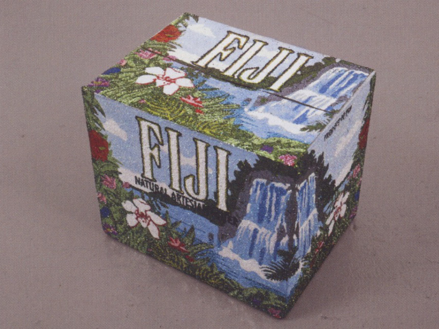 Un Carton de Fiji